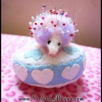 Felted-Hedgehog-Pin-Cushion-DIY-60999