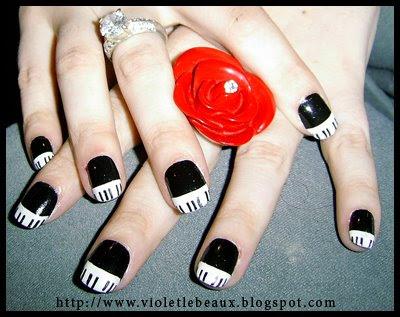 Nail Art- Piano Keys