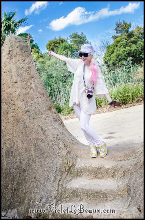 Bleached Pink Jeans – Outfit Of The Day