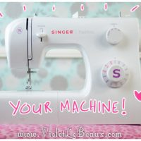 How-To-Thread-A-Sewing-Machine01